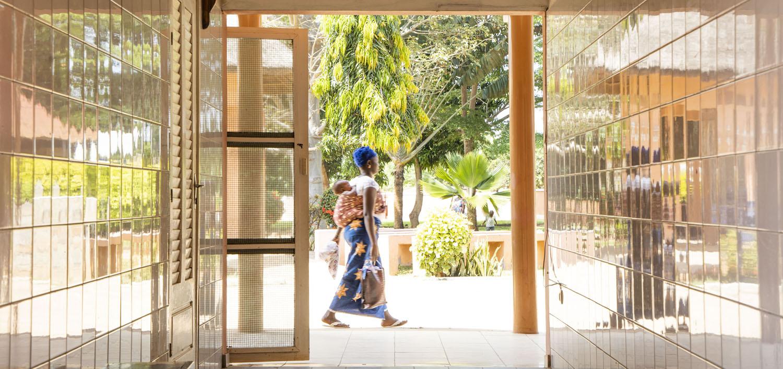 Healthcare Fotografie: Mittagspause im Krankenhaus der Stiftung Aktion pro Humanität in Gohomey, Benin.